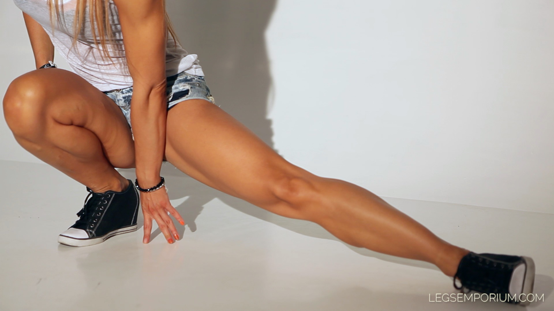 super sexy naked legs