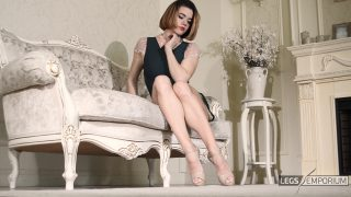 Anastasia - Timeless Classic with Sculpted Calves 1_1