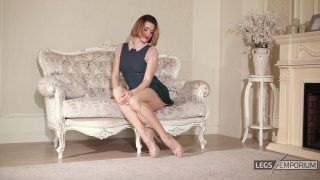 Anastasia - Timeless Classic with Sculpted Calves 1_5