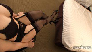 Andrea Gaicomi - Stockings Covered Leg Crosses 3_0
