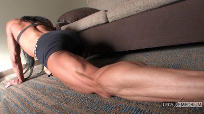 Diana Schnaidt - Rock Hard Leg Curls 2_3