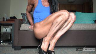 Diana Schnaidt - Swollen Calves Squats 2_6