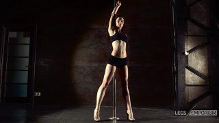 ELENA - Pole Dancing Legs Goddess 1_1