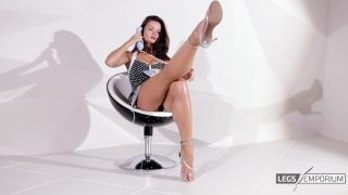 Elena - Pin Up Girl Conversation 2 3