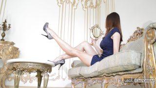 Lina - Elegant Leggy Lusciousness 1_4