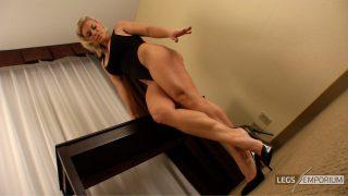 Tanya Hide - Devilish Legs Backside 1_2