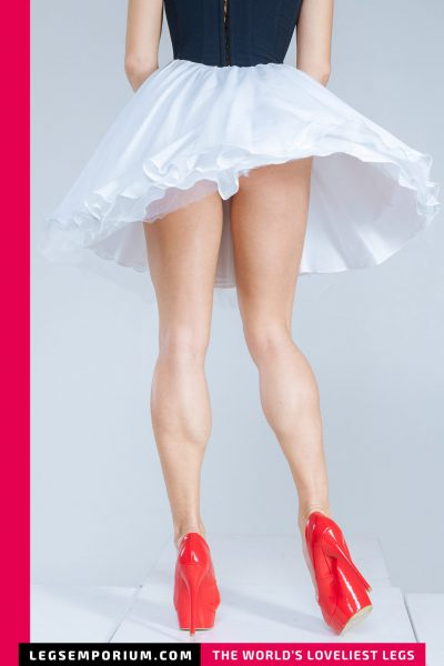 Anastasia- Red Shoes Marilyn Style_bCOVER