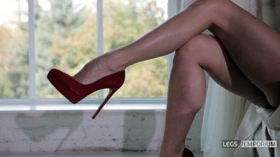 Anastasia & Elena - Doubled Down Legs to Astound_3