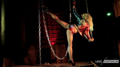 Anastasia - Harley's Leg Worshipper's Gift_4