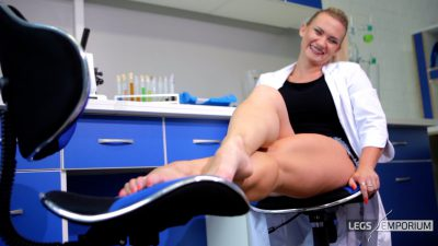 Jewel - Chemicals, Toes and Stockings FullHD_6