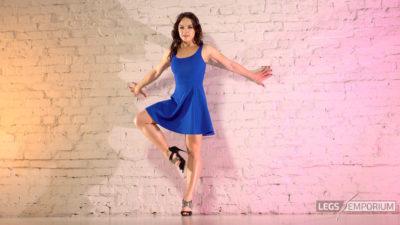 Alina - Dancing Blue Beauty Redux 2_3