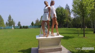 Heather & Liza - Statuesque Long Legs 2K_1