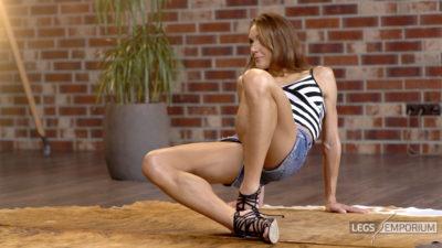 Tera - Jean Shorts, Heels and Barefeet 1_$