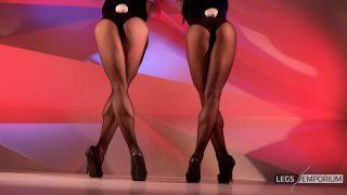 Anastasia & Kaylee - Stockings Covered Leggy Bunny Show - 4K_6