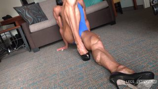 Diana Schnaidt - Epic Folded Legs Squeeze 2_1
