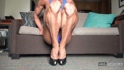 Diana Schnaidt - Swollen Calves Squats 1_3
