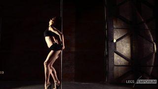 ELENA - Pole Dancing Legs Goddess 3_3
