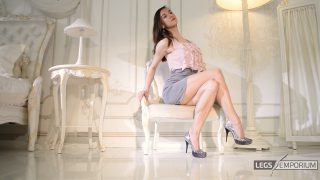 Lina - Classic Lovely Legs Crossing 1_0