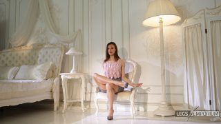 Lina - Classic Lovely Legs Crossing 2_4