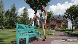 Liza - Bench Stretch and Long Legs_0