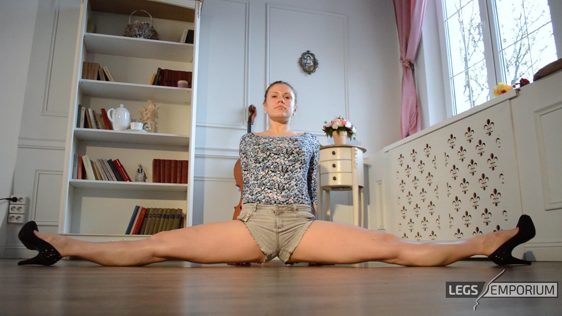 Y E Bendy Leggy Splits Bliss 1 Legs Emporium