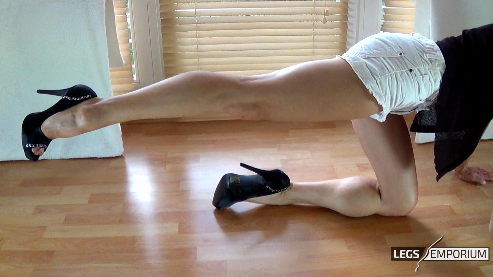 Daniela Diamond Nude Photos 34
