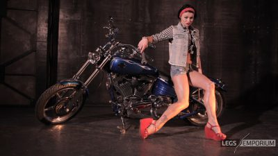 Kaylee - Motorcycle Pin Up Doll 2_1