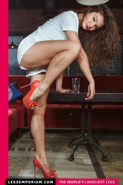 Elena - Soft, Shapely Legs Night b-COVER