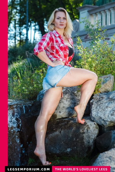 Jewel - Wet and Wonderful Legs and Toes b-COVER