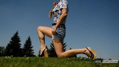 Alisa - Sunlit Gams Beauty 1_7
