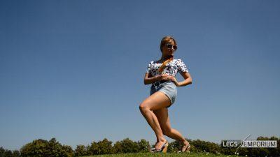 Alisa - Sunlit Gams Beauty 2_1