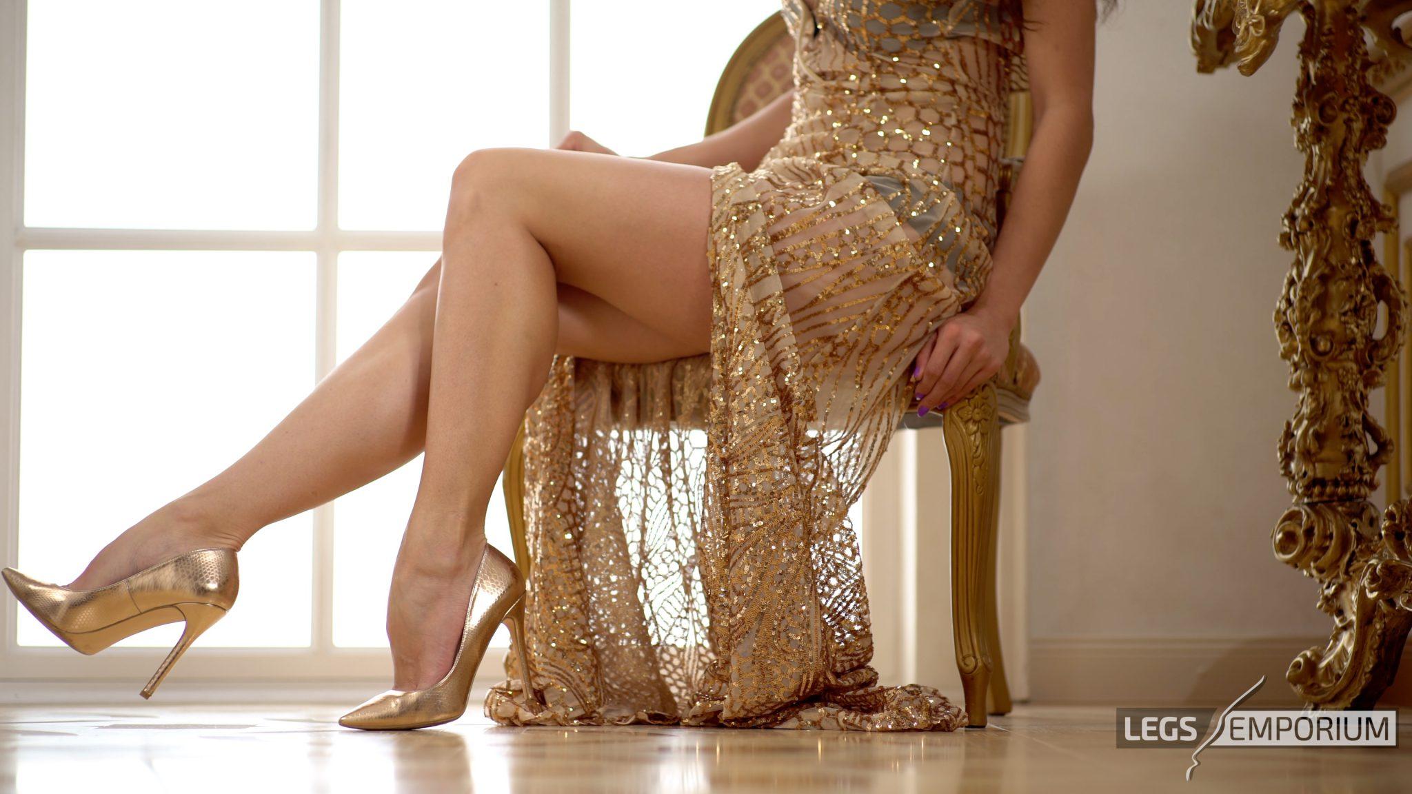 Elena generi naked adult pics HD