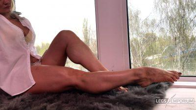 Jawel - Perspective of Leg Dreams 4K 2_4