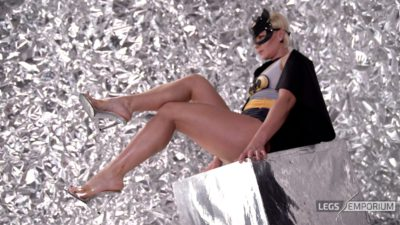 Olga T - Batgirl Leggy Booty 4K_6