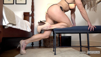 Laura - Standing Leg Lunges 2_1