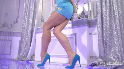 Elena - Dancing Stewardess Dreams 4K_5