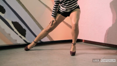 Alexa - Dancing Dancer Legs HD 1_6