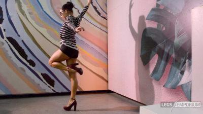 Alexa - Dancing Dancer Legs HD 2_3