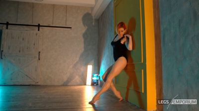Anastasia - Lights and Shadows of the Sculpted Calves Princess 2_4