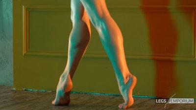 Anastasia - Lights and Shadows of the Sculpted Calves Princess 2_5