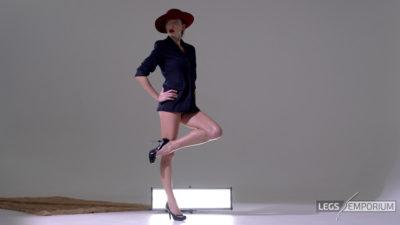 Heather - Lovely Long Sexy Legs Beauty 1_6