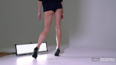 Heather - Lovely Long Sexy Legs Beauty 2_2