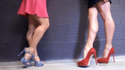 Jewel & Elena - Backstage Legs Exhibition_3
